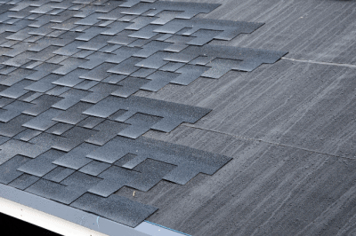 A metal roof vs asphalt shingles on your Fort Wayne, IN roof doesn't have to be a difficult decision with Perfect Steel Solutions.